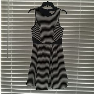 Jessica Simpson Beautiful Striped Dress